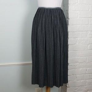 NWT Banana Republic pleated skirt